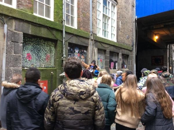 P7 Aberdeen Street Art Tour